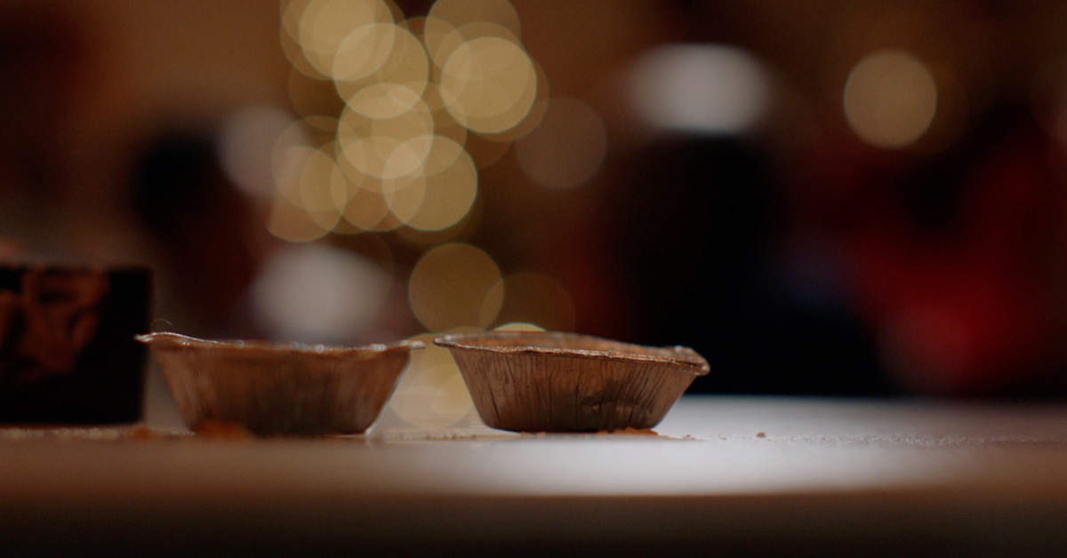 Together we can recycle more mince pie foil packaging this Christmas